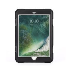 "Funda Griffin Survivor iPad 9.7"" Negra Speck - Sanborns"