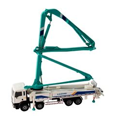 Concrete Pump Truck 1:55 - Sanborns