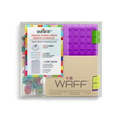 Mini libreta morada + Cubos de colores Waff - Sanborns
